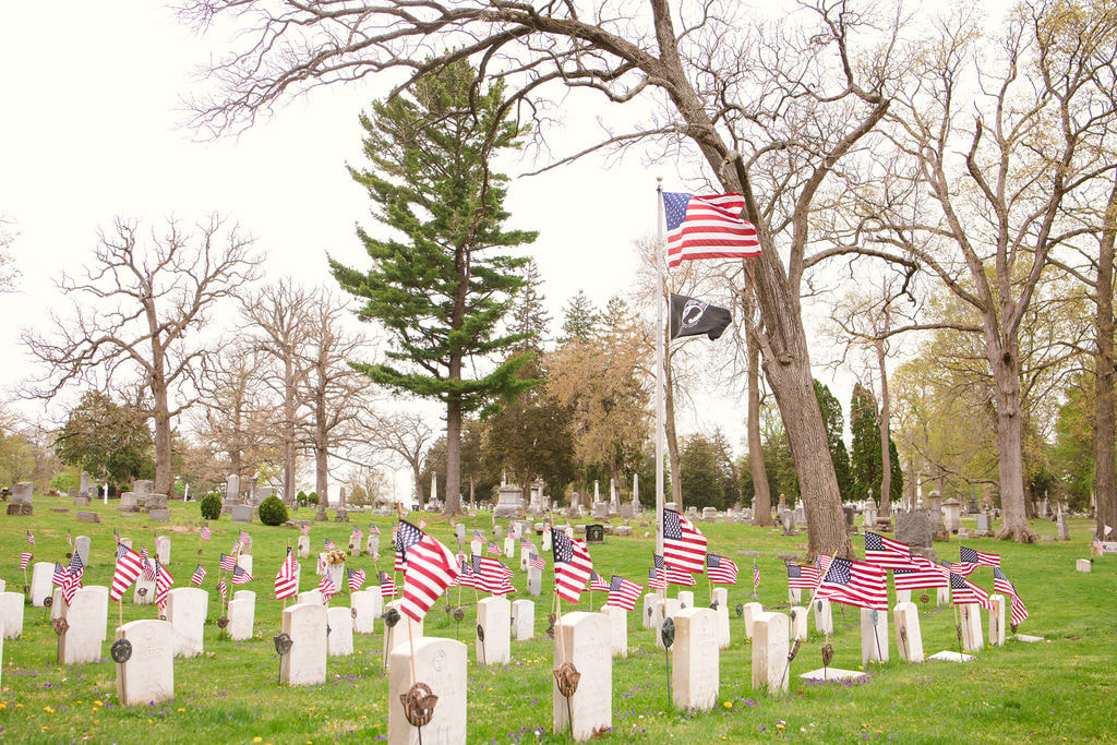 Oak Dale Cemetery Veterans Section